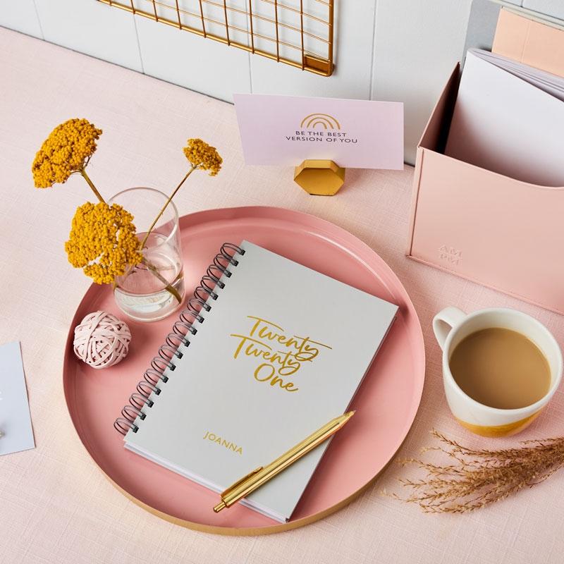 Signature 2021 Weekly Diary