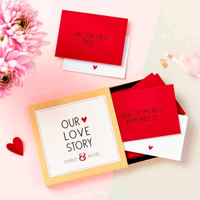 'Our Love Story' Messages Gift Box