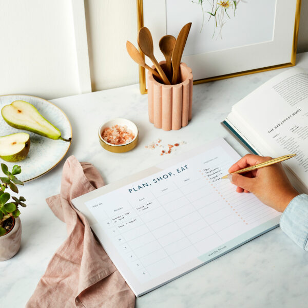 Martha-Brook-Personalised-Stationery-Essential-Weekly-Meal-Planner-Pad-Family-Prep