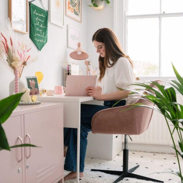 Martha brook create an inspiring workspace blog post main image